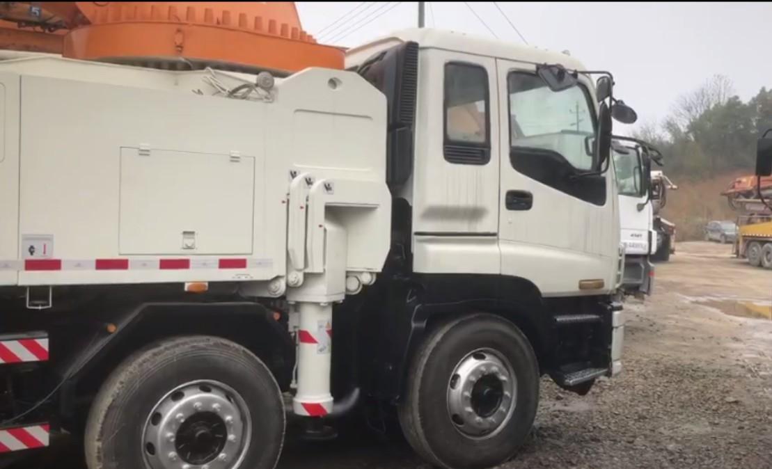 concrete mixer truck (10)