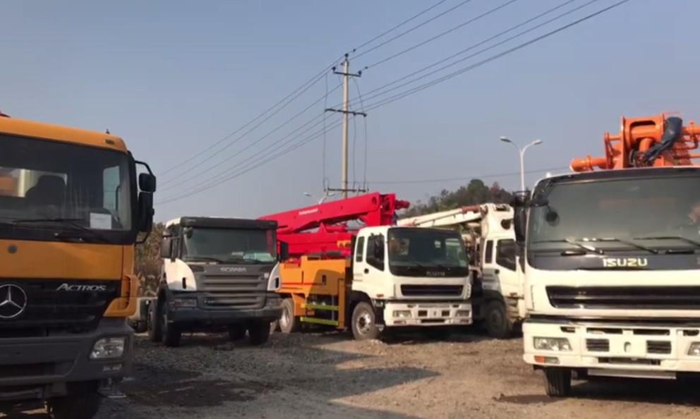 concrete mixer truck (12)