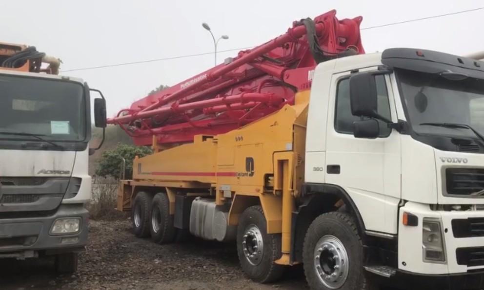 concrete mixer truck (18)