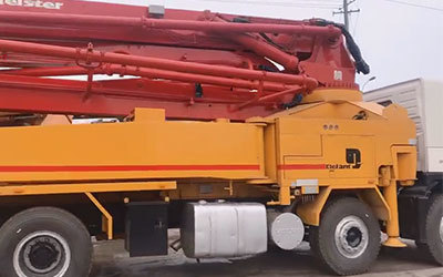 Putzmeister 42m concrete pump truck with volvo chassis