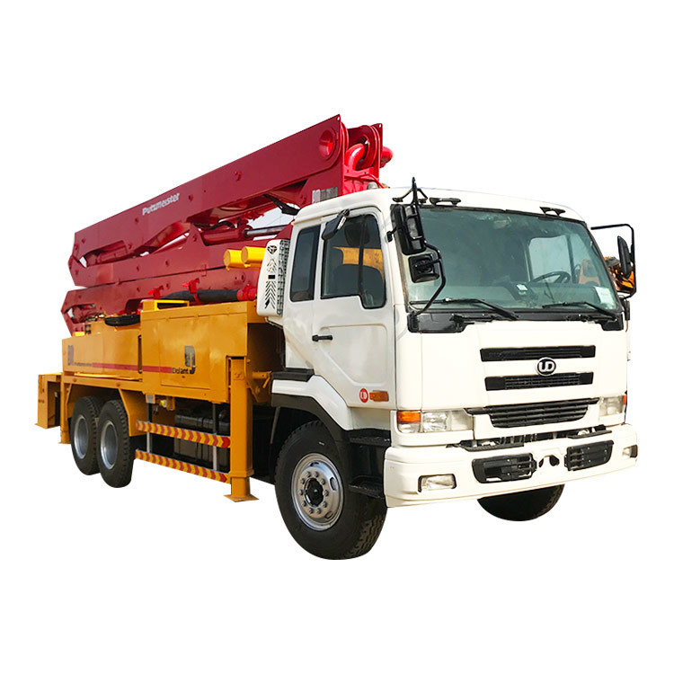 Diesel Putzmeister Used Truck Mounted Concrete Pump UD Truck